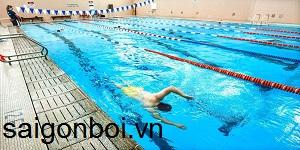 Dạy bơi cấp tốc - Lớp dạy bơi cho người lớn tại TPHCM