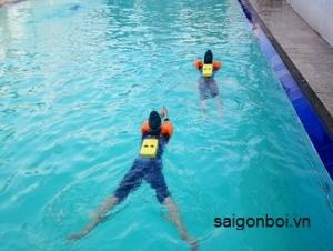 Lớp dạy bơi ở quận Tân Bình - Học kèm riêng chất lượng cao